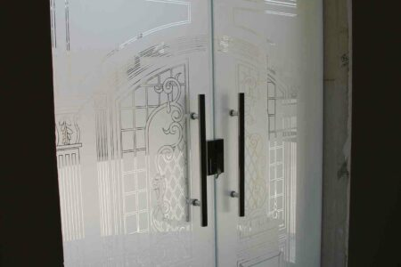 engraved and sandblasted glass door +