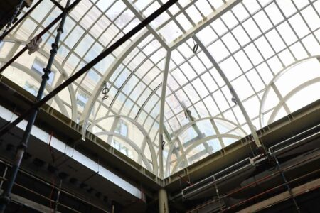 plain glass roof and skylight +